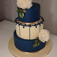 January wedding cake