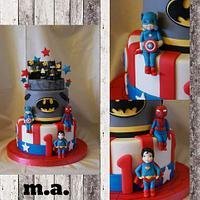 baby superheros cake