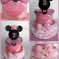 Princess Minnie Mouse  by Joly Diaz