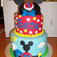"""""""Mickey Mouse cake"""""""