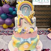 Unicorn topper cake