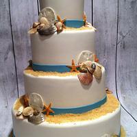 shell wedding cake