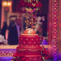 Elegant wedding cake!