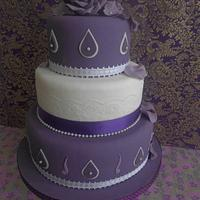 plums and pearls 3 tier cake