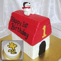 Snoopy Dog House by Rock Candy Cakes