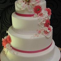pink and white floral wedding cake