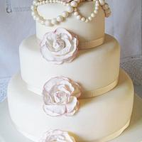 Vintage Pearls & Rose