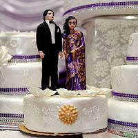 Indianstyle Wedding Cake topper