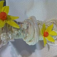 Easter Daffodil jardiniere cake topper by Elli Warren