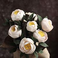 OPEN PEONY WITH CUPPED PETALS