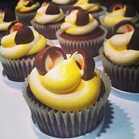 Cream egg cupcakes