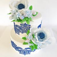 Navy blue and white anemone wedding cake