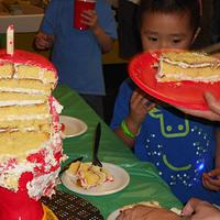Iron Man Cake by iriene wang