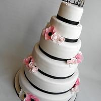 Mr & Mrs De Leo wedding cake