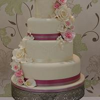 Rose & Hydrangea Cascade Wedding Cake