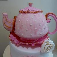 Teapot by The cake shop at highland reserve