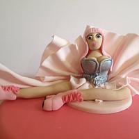 Nicky Minaj Cake by Shereen
