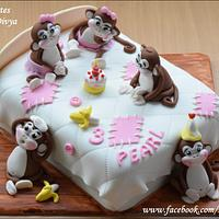 Five Monkeys Cake