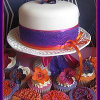 Henna-inspired cupcake tower