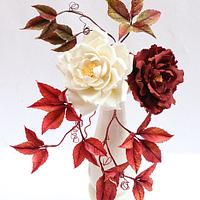 Open Roses and Autumn leaves !