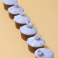 wedding cupcakes by Deema
