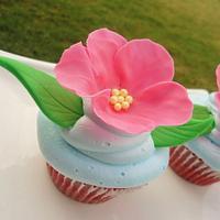 flower cupcake by Cake Sweet Cake By Tara
