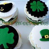 St. Patricks Cupcakes.