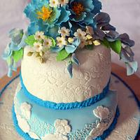 Blue and White by Inoka (Sugar Rose Cakes)
