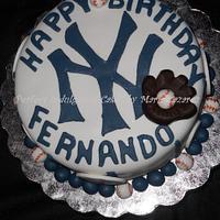New York Theme Cake by Maria Cazarez Cakes and Sugar Art