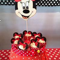 Minnie Cupcake Holders