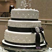 diamond themed wedding cake