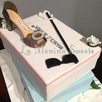 A Sex & The City inspired 30th Birthday Cake by Cristi