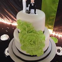 Apple Green cascading rose wedding cake