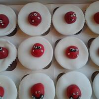 red nose cupcakes by Love it cakes