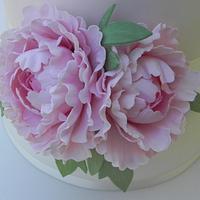 Peony wedding cake by Elena Fabbrini