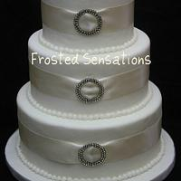 wedding cake by Virginia