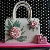 FASHION bag cake