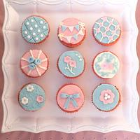 Sweet and Pretty Pink and Blue Cupcakes