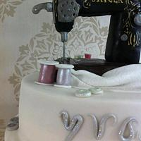 Singer Sewing Machine Cake by CakeyBakey Boutique