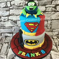 Super hero Minion hulk cake