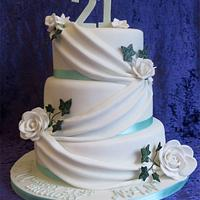 Ivy and Roses Cake