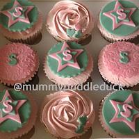 Stars and sprinkles cupcakes