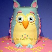 Pastel Owl Cake