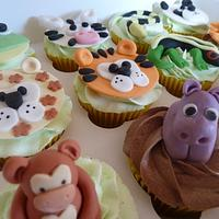 Jungle/Zoo Animal Cupcakes