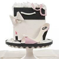 Hand bag and high heel shoe cake