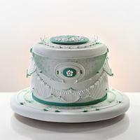 A green cake
