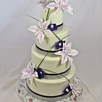 tropical glam wedding cake