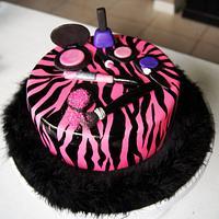 Makeup pink zebra cake