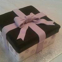 Square present cake by Treat Sensation