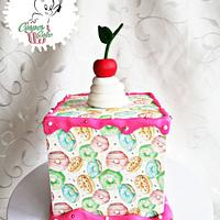 Doughnut pattern cake